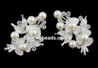 Brosa, cu cristale si perle, 38x27mm - x3