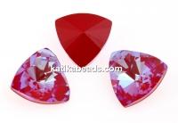 Swarovski, kaleidoscope triangle f. rivoli, royal red DeLite, 6mm - x2